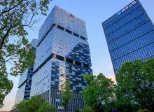 中国建筑前8月地产销售降1.1%至2388亿元